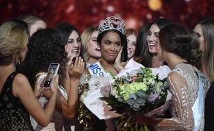 Clémence Botino, Miss Guadeloupe, a été sacrée Miss France 2020, samedi 14 décembre 2019 à Marseille