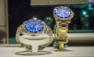 Des Rolex dans la vitrine d'une bijouterie. Illustration.
