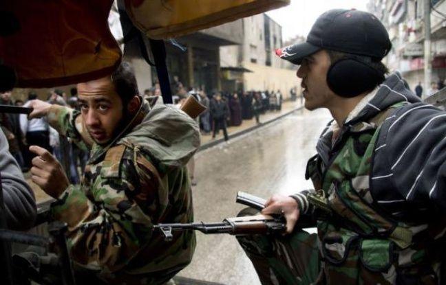 Le régime syrien a retourné samedi contre les rebelles l'accusation que lui ont faite les Occidentaux de vouloir utiliser des armes chimiques dans le conflit en Syrie, en mettant en avant la prise par les jihadistes d'une usine produisant du gaz hautement toxique.