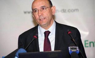 """La compagnie pétrolière nationale algérienne Sonatrach, au coeur d'un scandale de corruption lié à des contrats avec des firmes italienne et canadienne, a condamné dimanche des """"agissements individuels"""""""