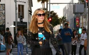 Paris Hilton le 21 novembre à Beverly Hills.