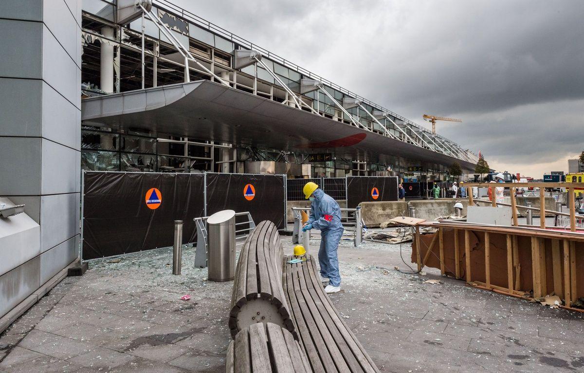 L'aéroport de Bruxelles-Zaventem, le 23 mars, au lendemain des attentats. – SIPA