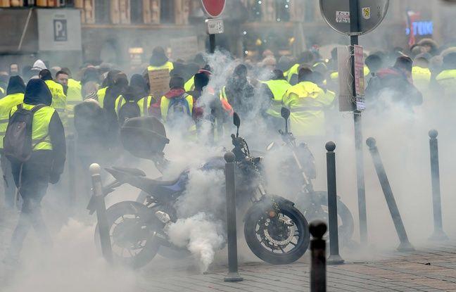 a manifestation des «gilets jaunes» à Lille, le samedi 5 janvier 2019.