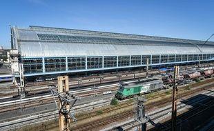 Un train fret de la SNCF à Bordeaux (image d'illustration).