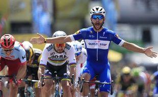 Fernando Gaviria a remporté la première étape du Tour de France