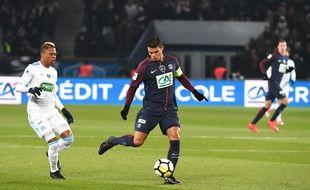 Thiago Silva face à Clinton Njoe en Coupe de France.