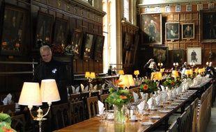 À Christ Church College, les visiteurs se bousculent dans la salle à manger, rendue célèbre par la saga Harry Potter.