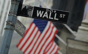 Selon une étude de S Dow Jones, c'est au total plus de 900 milliards de dollars qui ont été redistribués en 2014 aux actionnaires des entreprises composant l'indice américain S 500, un record et une hausse de près de 15% sur un an seulement