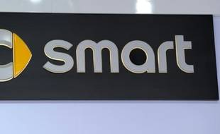 Logo de Smart, à Détroit, le 15 janvier 2013