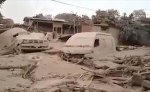 Les images de la désolation après l'éruption du volcan de Fuego, au Guatemala.