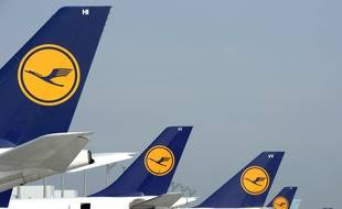 Illustration d'avions de la Lufthansa.
