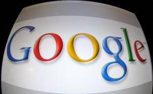 Google et Facebook sont confrontés à des ennuis judiciaires au Brésil qui ont culminé mercredi avec l'arrestation du président de Google Brésil, pour ne pas avoir retiré d'internet des vidéos politiques, dans ce pays où 83 millions d'habitants ont accès à la toile.