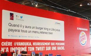 Bâche affichée par Burger King à Lille