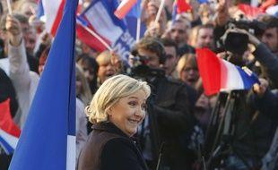 Marine Le Pen, en déplacement à Ennemain, dans le nord de la France, le 4 mai 2017.