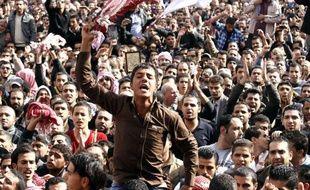 Les syndicats jordaniens ont appelé à une grève partielle dimanche pour protester contre la hausse des prix des carburants, au surlendemain de manifestations au cours desquels des appels ont été lancés au départ du roi Abdallah II.