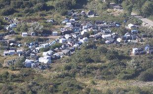 Une photo aérienne de la «jungle» à Calais.