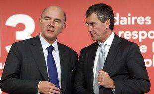 Pierre Moscovici et Jérôme Cahuzac lors de la présention du projet de loi de finances 2013 le 28 septembre 2012.