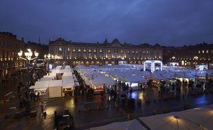 Le marché de Noël sur la place du Capitole sera ouvert en 2016 du 25 novembre au 25 décembre.