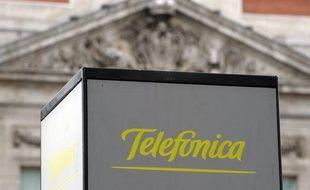Telefonica coupe son dividende, Mango réduit ses prix, Santander sacrifie son bénéfice pour mettre de l'argent de côté: les entreprises espagnoles, désemparées face à une crise interminable, multiplient les parades pour tenter de s'adapter.