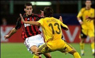 """L'AC Milan, plein d'assurance et bien plus fort techniquement que son adversaire, a tranquillement """"déroulé"""" pour battre l'AEK Athènes (3-0) mercredi à San Siro, lors de la 1re journée de la première phase de la Ligue des Champions de football (Gr.H)."""