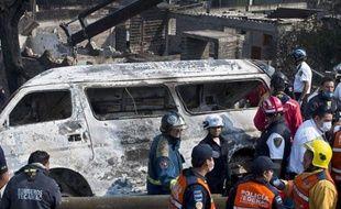 L'explosion d'une citerne de gaz qui s'est détachée d'un camion remorque circulant sur une autoroute a fait 24 morts et 36 blessés mardi matin sur cet axe routier et dans des habitations alentour, au nord de Mexico, selon un bilan actualisé des autorités locales.
