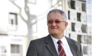 Charles Coyac est agent immobilier à Nantes.