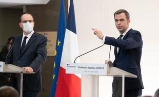 Le Premier ministre Jean Castex et le ministre de la Santé Olivier Véran, à Paris le 15 octobre 2020.