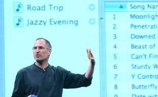 Steve Jobs au moment du lancement de l'iTunes Music Store, à Londres le 15 juin 2004.