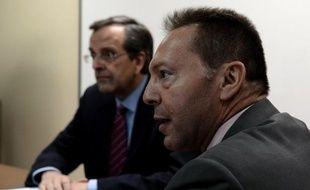 """La Grèce va s'acquitter lundi """"sans problème"""" d'une échéance de 3,2 milliards d'euros auprès de la Banque centrale européenne (BCE), voyant ainsi s'éloigner dans l'immédiat le risque d'un défaut de paiement, a-t-on indiqué au ministère des Finances."""