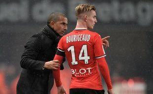 Sabri Lamouchi. Tu la vois là, la Ligue Europa ? Benjamin Bourigeaud. Entre Bordeaux, Nice et PSG ?