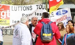 Le syndicaliste Philippe Poutou était présent dans le cortège des Ford qui a défilé dans les rues de Bordeaux, le 9 mars 2018.