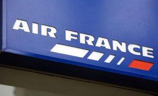 Le logo de la compagnie aérienne Air France, le 25 mars 2010 à Paris