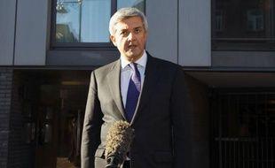 Le ministre britannique de l'Energie Chris Huhne a annoncé vendredi matin sa démission, peu après avoir appris qu'il allait être poursuivi en justice pour avoir tenté de dissimuler un excès de vitesse.