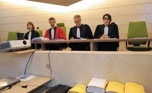 Le frère aîné de Marina, morte à 8 ans à l'été 2009 sous les coups de ses parents, a expliqué en visioconférence devant la cour d'assises de la Sarthe que Marina était battue, mais pas les autres enfants, au septième jour du procès.