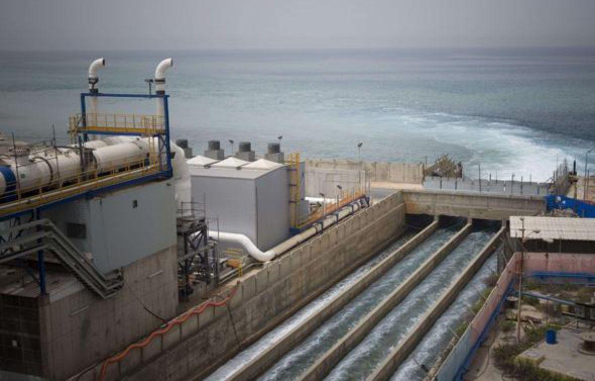 Une usine de dessalement d'eau de mer à Hadera, en Israël, le 16 mai 2010. – Ariel Schalit/AP/SIPA