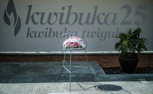 Des fleurs en hommage aux victimes du génocide du Rwanda, le 6 avril 2019 à Kigali.