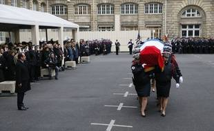 Hommage aux policiers tués dans les attentats des 7 et 8 janvier 2015, le 13 janvier à la Préfecture de police de Paris.