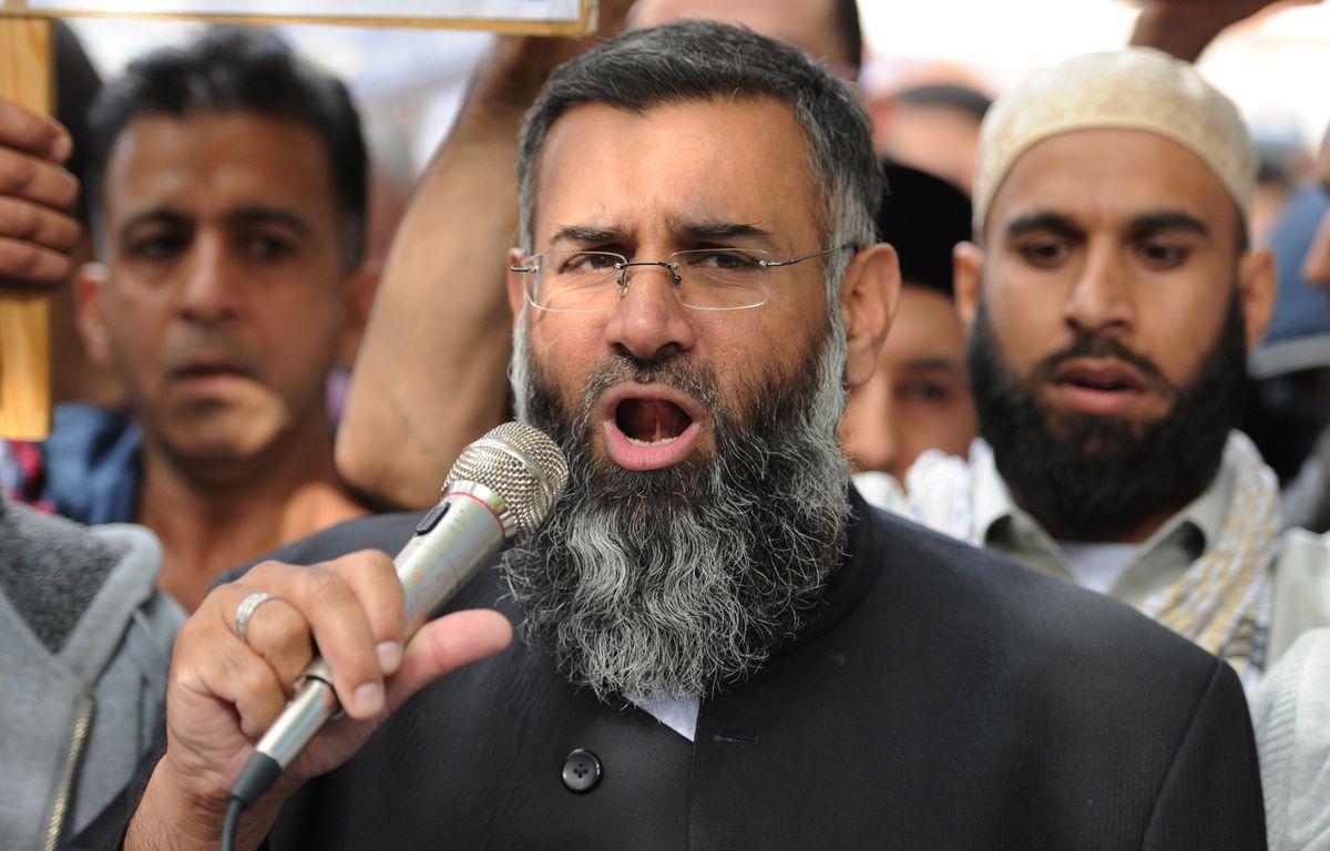 Le prêcheur radical Anjem Choudary, à Londres, en 2012.  – L.NEAL / AFP