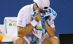 Le tennisman français Richard gasquet, lors de son match contre Fernando Gonzalez à l'Open d'Australie, le 24 janvier 2009.