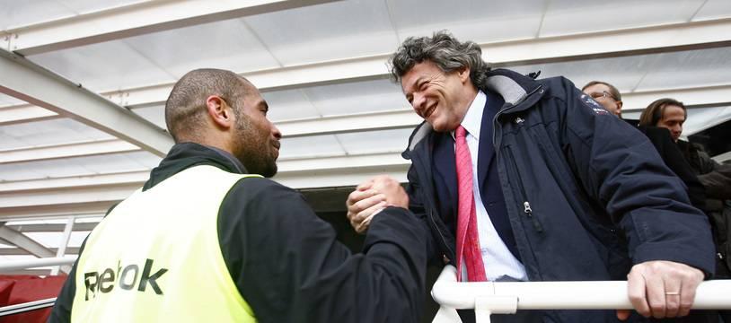 Jean-Louis Borloo salue Eric Chelle, ancien joueur de Valenciennes