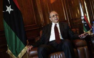 Le Premier ministre Abdelrahim al-Kib a prédit, dans un entretien à l'AFP, un avenir radieux pour les investissements étrangers en Libye surtout dans le secteur du pétrole où toute l'infrastructure est à reconstruire.