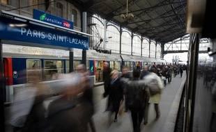 Un quai de la gare Saint-Lazare, où partent et arrivent les Transiliens.