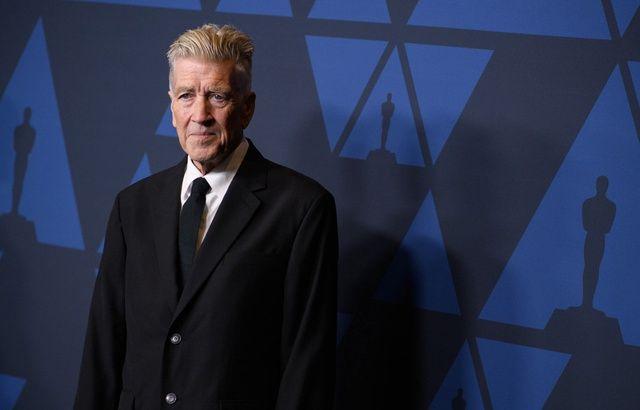 David Lynch et Duran Duran offrent des cours de méditation transcendantale aux soignants américains
