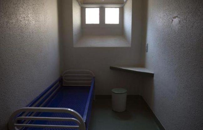 648x415_cellule-individuelle-prison