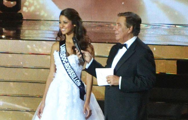 Aurore Kichenin, Miss Languedoc-Roussillon, lors de la difficile épreuve des questions.