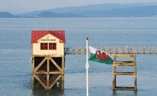 Une maison sur l'eau près de Swansea, au pays de Galles, le 23 juin 2014.