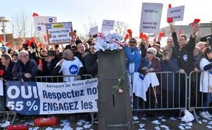 Des riverains de l'aéroport Nantes-Atlantique en colère, le 27 janvier 2018, à Saint-Aignan-de-Grandlieu.