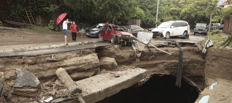 La tempête Amanda a provoqué d'importants dégâts au Salvador, dimanche 31 mai.