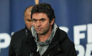 L'ex-entraîneur lorientais Sylvain Ripoll, lors du match face au PSG, le 3 février 2016.