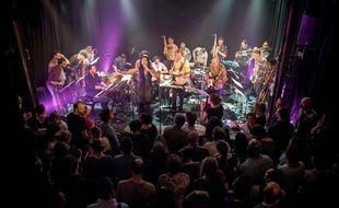Avec leurs 21 musiciens, les Lyonnais de Bigre! vont proposer une sacrée fiesta, le 7 juin au Marché Gare, à l'occasion de leurs dix ans d'existence.